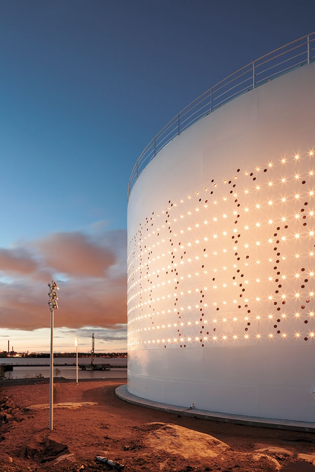 Silo 468 – Aussenansicht © Foto: Tapio Rosenius, Lighting Design Collective, LDC, Helsinki, 2012